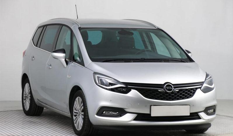 Car rental Heraklion • Find the best car rental prices in Crete